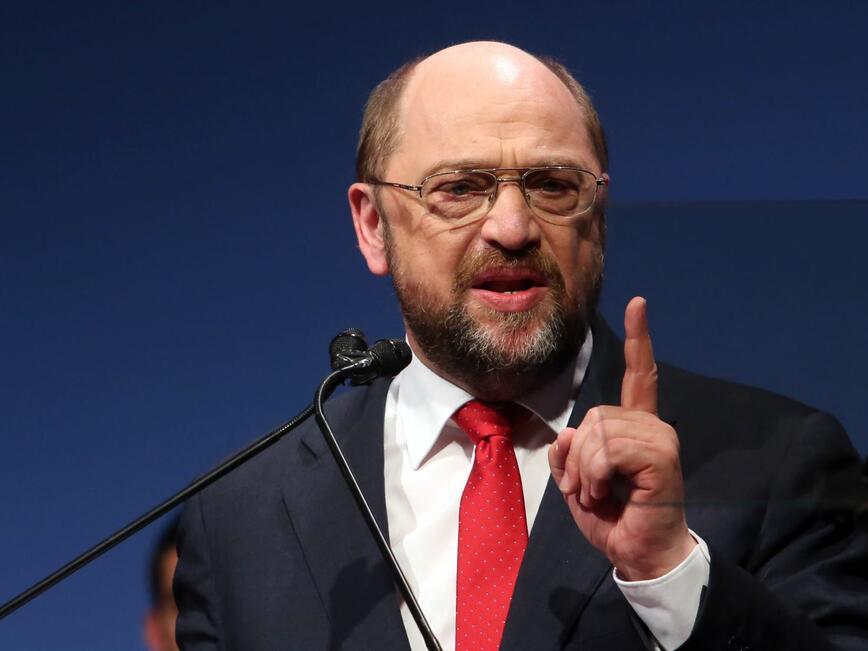 """""""Ефектът Шулц"""" в Германия отслабва"""