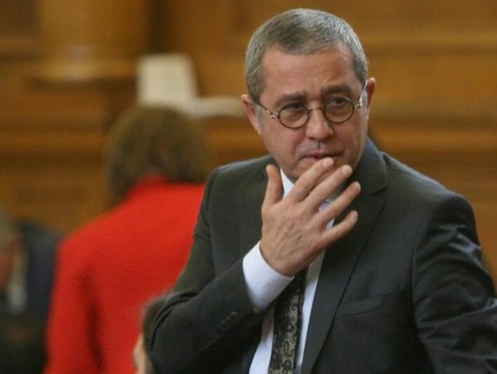 ДПС е готова да подкрепи бюджета, само ако и другите партии го направят
