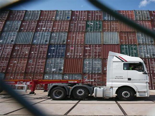 Търговският излишък на еврозоната се разширява през август