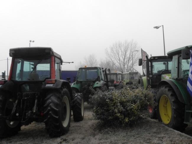 Гръцките власти поканиха протестиращите земеделци на преговори