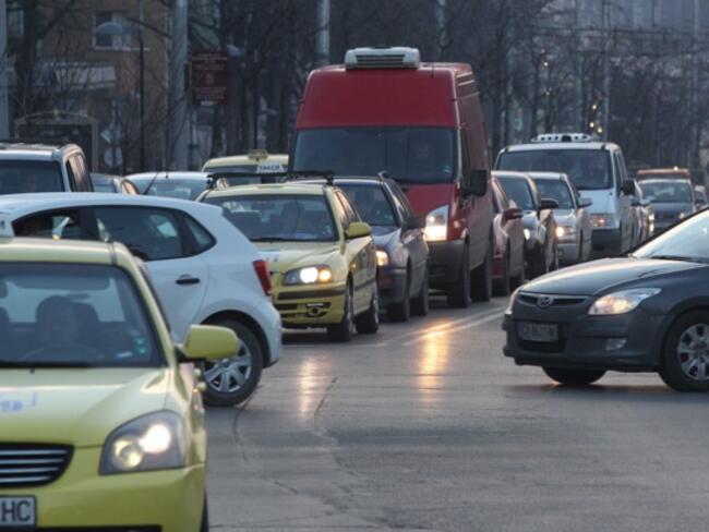 Осем държави от ЕС подкрепиха България за мерки срещу притока на употребявани коли