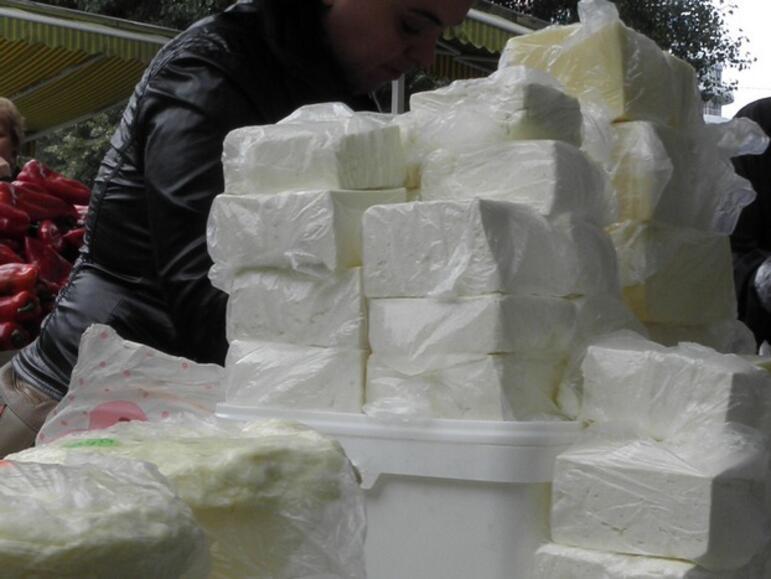 Фермерите, които искат да получат субсидии, трябва да докажат законната продажба на млякото
