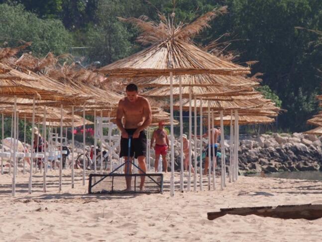 """Кабинетът определи концесионер на морския плаж """"Бургас-север"""""""