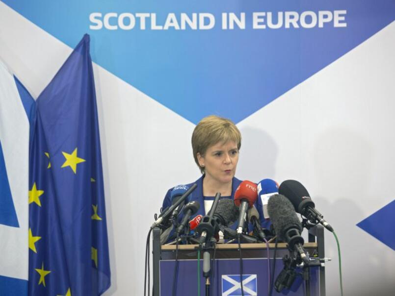 Шотландия и Уелс заплашиха да отхвърлят закона за Брекзит