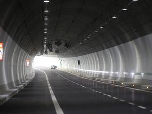 """Затваряне на тунела """"Витиня"""" ще обърка трафика между София и Варна днес"""