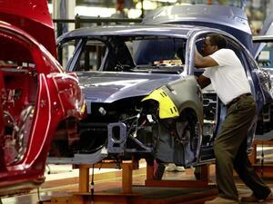 """""""Дженерал Моторс"""" предупреди за загуба на работни места в САЩ заради митата"""