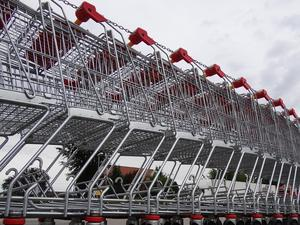 През юни продажбите на дребно в САЩ нараснаха стабилно за