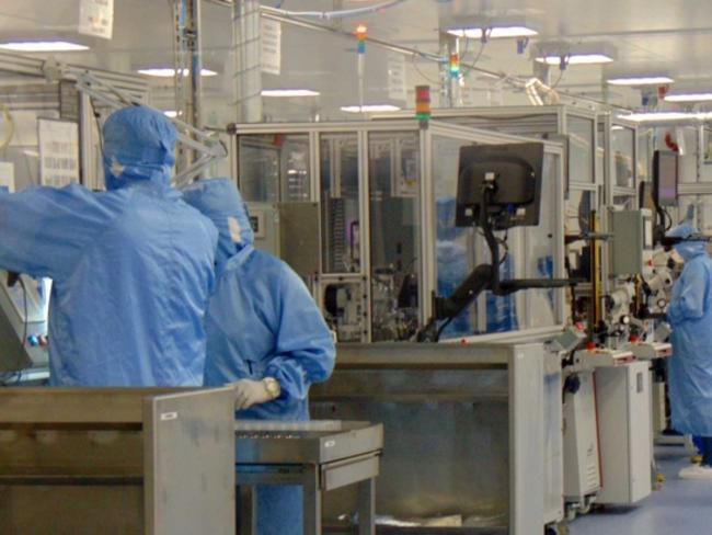 Китай добави 15 нови работни позиции в областта на изкуствения интелект