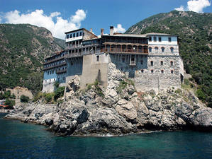 Гръцкият парламент отхвърли предложението за отмяна на данъците на Света Гора