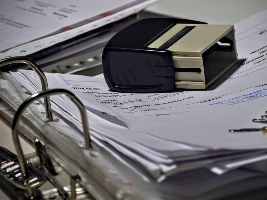 Финансовите услуги са секторът с най-ниско доверие, сочи проучване