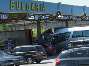 """Поляци обслужват пункта """"Малко Търново"""" след арест на всички български граничари там"""