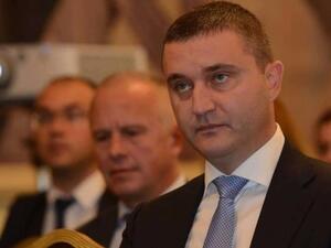 България е изпълнила практически всички поети преди една година ангажименти