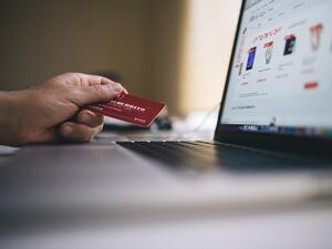 НАП засилва контрола върху е-търговията
