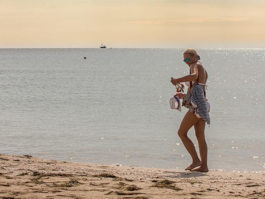 Чуждите туристи в Гърция харчат средно по 67 евро на ден