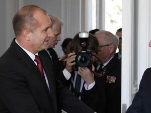 Румен Радев ще бъде на посещение във Франция по покана на Еманюел Макрон