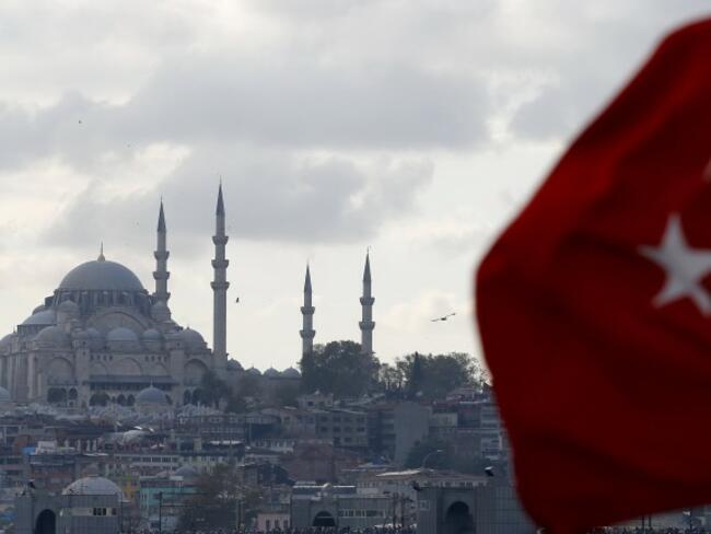 Ердоган реши сделките с имоти в Турция да се сключват само в лири