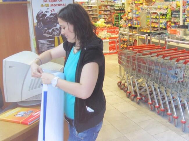 Продажбите на дребно в България се повишават на фона на свиването им в ЕС