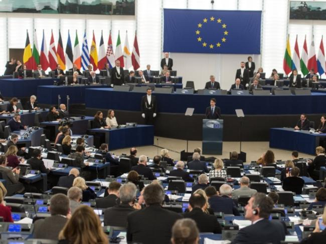 Европейският парламент одобри промени в правилата за авторското право в интернет